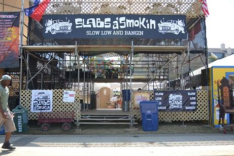 Slabs a Smokin booth at Memphis in May