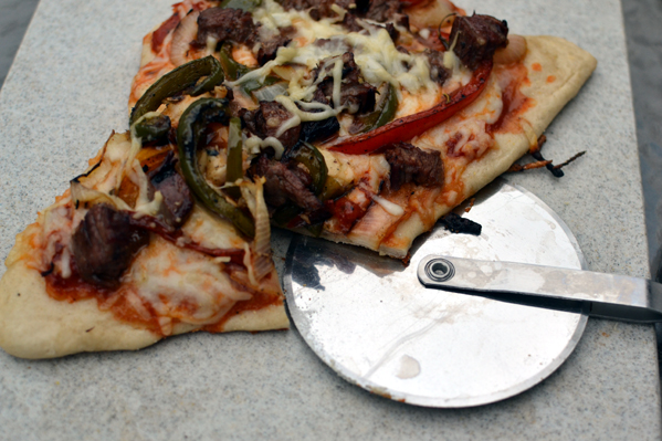 Grilled Pizza with Flank Steak and Veggies