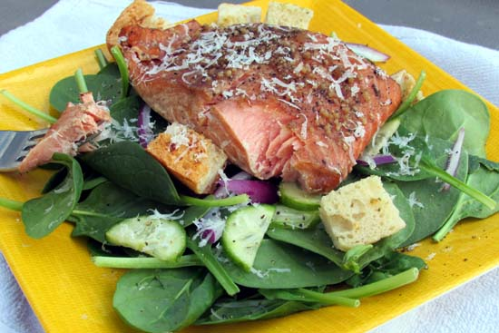Grilled Terriyaki Salmon Salad